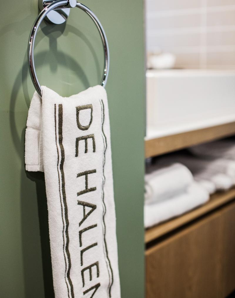 Van Allen Apartments >> Deluxe - Hotel De Hallen